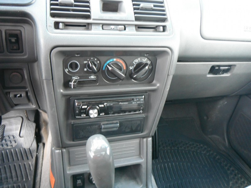 1999 Mitsubishi Pajero